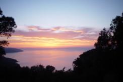 Portoferraio tramonto su Capraia